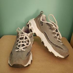 Skechers D'Lite Active Athletic Wear Shoes Sz 9.5